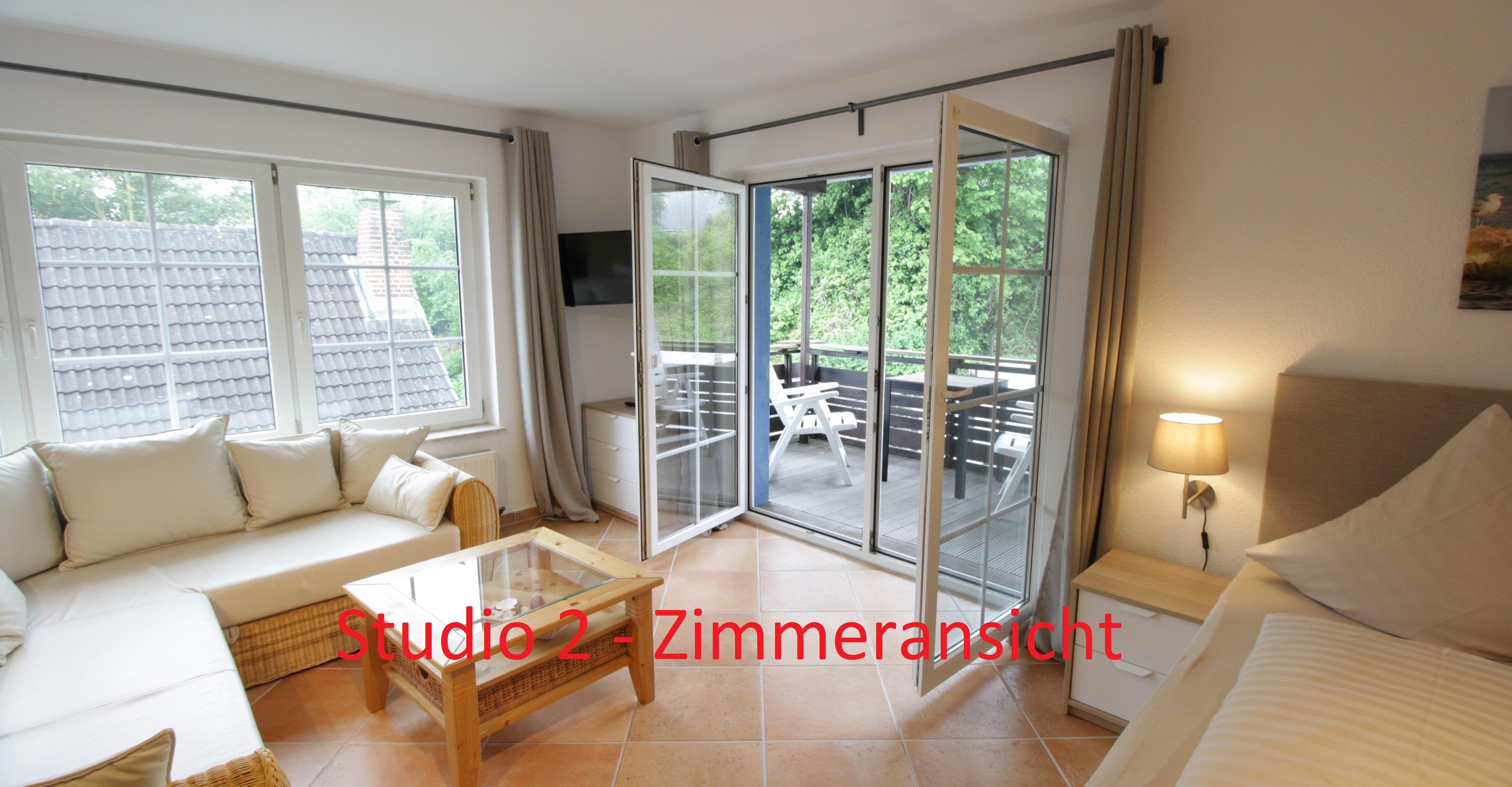 Studio mit Balkon